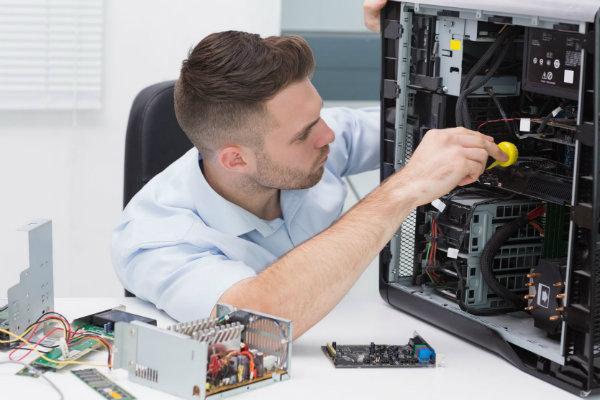Conheça mais sobre a profissão de Técnico em Informática